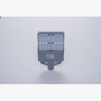 led reitplatzbeleuchtung 100 watt ab 486 75 im. Black Bedroom Furniture Sets. Home Design Ideas